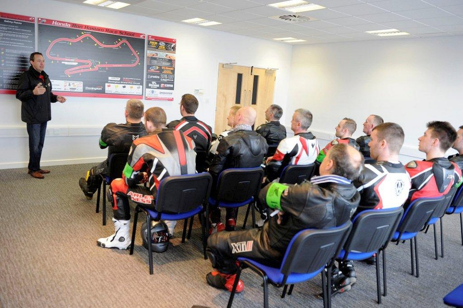 Track day guide riders briefing