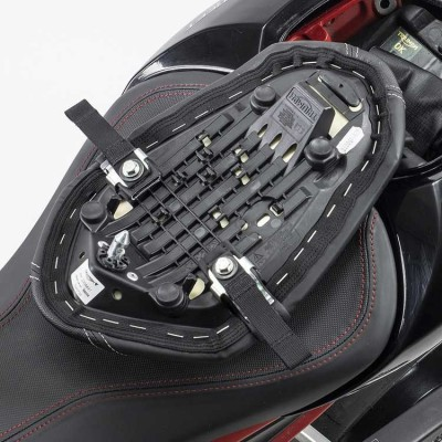 TRIUMPH SPEED TRIPLE 765 fitting for US-Drypacks
